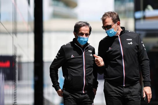 (L to R): Davide Brivio (ITA) Alpine F1 Team Racing Director with Laurent Rossi (FRA) Alpine Chief Executive Officer. 30.04.2021. Formula 1 World Championship, Rd 3, Portuguese Grand Prix, Portimao, Portugal, Practice Day. - www.xpbimages.com, EMail: requests@xpbimages.com © Copyright: Charniaux / XPB Images