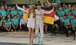 Mercedes' Vowles still 'can't work out' why Rosberg retired