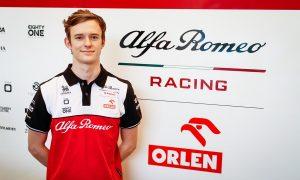 Alfa Romeo hands Ilott reserve role and Portimão FP1 outing