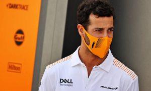 Riccardo takes F1 'idiots' to task for social media focus on crashes