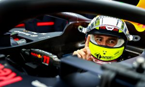 Webber expects solid season from 'magician' Perez