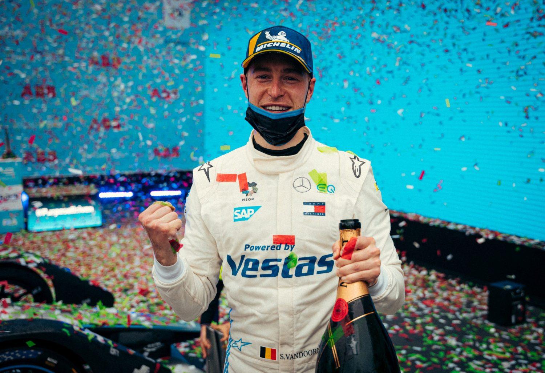 Vandoorne enjoys sweet revenge in Rome with E-Prix win