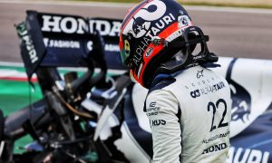 Tsunoda apologetic for crash after 'pushing too hard' in Q1