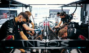 Mercedes offering staff double pay to avoid exodus – Marko