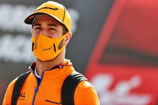 Daniel Ricciardo (AUS) McLaren. 01.05.2021. Formula 1 World Championship, Rd 3, Portuguese Grand Prix, Portimao, Portugal, Qualifying Day. - www.xpbimages.com, EMail: requests@xpbimages.com © Copyright: Batchelor / XPB Images