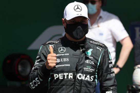 Pole Position for Valtteri Bottas (FIN) Mercedes AMG F1. 01.05.2021. Formula 1 World Championship, Rd 3, Portuguese Grand Prix, Portimao, Portugal, Qualifying Day. - www.xpbimages.com, EMail: requests@xpbimages.com © Copyright: Batchelor / XPB Images