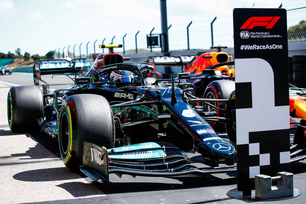 Pole sitter Valtteri Bottas (FIN) Mercedes AMG F1 W12 in qualifying parc ferme. 01.05.2021. Formula 1 World Championship, Rd 3, Portuguese Grand Prix, Portimao