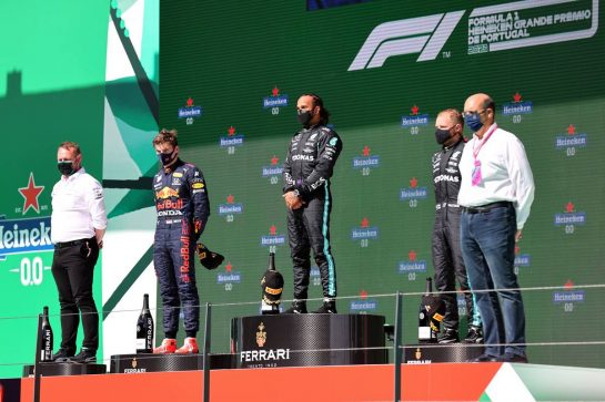 1st place Lewis Hamilton (GBR) Mercedes AMG F1, 2nd place Max Verstappen (NLD) Red Bull Racing and 3rd place Valtteri Bottas (FIN) Mercedes AMG F1.02.05.2021. Formula 1 World Championship, Rd 3, Portuguese Grand Prix, Portimao, Portugal, Race Day.- www.xpbimages.com, EMail: requests@xpbimages.com © Copyright: Batchelor / XPB Images