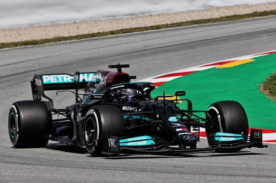 Lewis Hamilton (GBR) Mercedes AMG F1 W12. 07.05.2021 Formula 1 World Championship, Rd 4, Spanish Grand Prix, Barcelona, Spain, Practice Day. - www.xpbimages.com, EMail: requests@xpbimages.com © Copyright: Batchelor / XPB Images