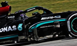 Hamilton and Bottas end Friday quickest in Barcelona