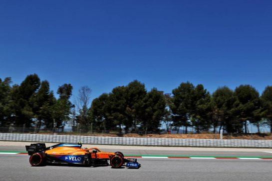 Lando Norris (GBR) McLaren MCL35M. 08.05.2021. Formula 1 World Championship, Rd 4, Spanish Grand Prix, Barcelona, Spain, Qualifying Day. - www.xpbimages.com, EMail: requests@xpbimages.com © Copyright: Batchelor / XPB Images
