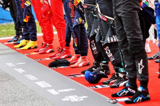 Drivers as the grid observes the national anthem. 09.05.2021. Formula 1 World Championship, Rd 4, Spanish Grand Prix, Barcelona, Spain, Race Day. - www.xpbimages.com, EMail: requests@xpbimages.com © Copyright: Moy / XPB Images