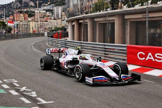 Mick Schumacher (GER) Haas VF-21. 22.05.2021. Formula 1 World Championship, Rd 5, Monaco Grand Prix, Monte Carlo, Monaco, Qualifying Day. - www.xpbimages.com, EMail: requests@xpbimages.com © Copyright: Batchelor / XPB Images