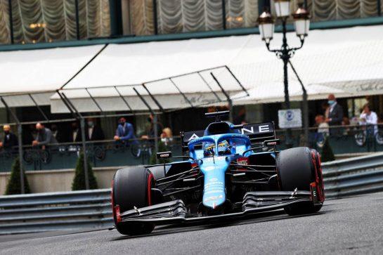 Fernando Alonso (ESP) Alpine F1 Team A521. 22.05.2021. Formula 1 World Championship, Rd 5, Monaco Grand Prix, Monte Carlo, Monaco, Qualifying Day. - www.xpbimages.com, EMail: requests@xpbimages.com © Copyright: Moy / XPB Images
