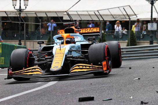 Daniel Ricciardo (AUS) McLaren MCL35M passes debris of Mick Schumacher (GER) Haas VF-21. 22.05.2021. Formula 1 World Championship, Rd 5, Monaco Grand Prix, Monte Carlo, Monaco, Qualifying Day. - www.xpbimages.com, EMail: requests@xpbimages.com © Copyright: Moy / XPB Images