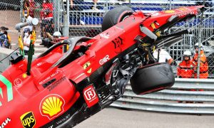 Leclerc fears losing pole after qualifying crash