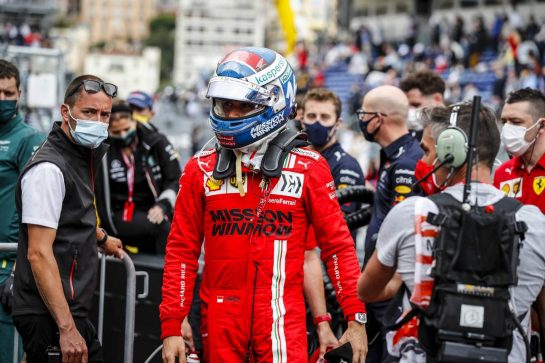 Pole sitter Charles Leclerc (MON) Ferrari in qualifying parc ferme. 22.05.2021. Formula 1 World Championship, Rd 5, Monaco Grand Prix, Monte Carlo, Monaco, Qualifying Day. - www.xpbimages.com, EMail: requests@xpbimages.com © Copyright: FIA Pool Image for Editorial Use Only