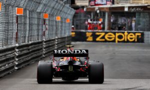 Mercedes brandishes the spectre of a 'bendy wing' protest in Baku