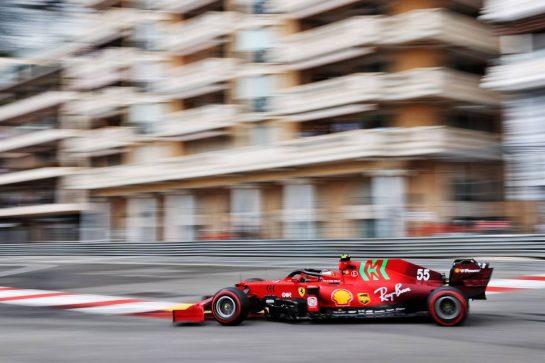 Carlos Sainz Jr (ESP) Ferrari SF-21. 22.05.2021. Formula 1 World Championship, Rd 5, Monaco Grand Prix, Monte Carlo, Monaco, Qualifying Day. - www.xpbimages.com, EMail: requests@xpbimages.com © Copyright: Batchelor / XPB Images