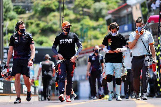 Max Verstappen (NLD) Red Bull Racing and Daniel Ricciardo (AUS) McLaren. 23.05.2021. Formula 1 World Championship, Rd 5, Monaco Grand Prix, Monte Carlo, Monaco, Race Day. - www.xpbimages.com, EMail: requests@xpbimages.com © Copyright: Charniaux / XPB Images