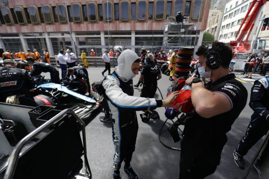 Esteban Ocon (FRA) Alpine F1 Team on the grid. 23.05.2021. Formula 1 World Championship, Rd 5, Monaco Grand Prix, Monte Carlo, Monaco, Race Day. - www.xpbimages.com, EMail: requests@xpbimages.com © Copyright: Bearne / XPB Images