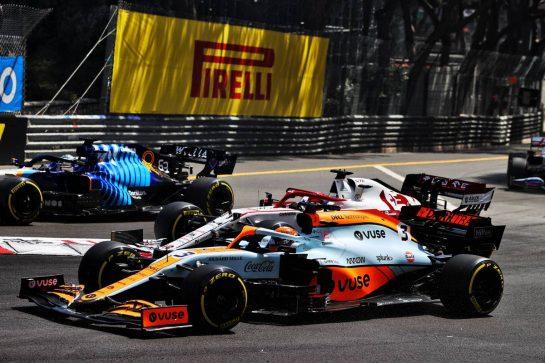 Daniel Ricciardo (AUS) McLaren MCL35M at the start of the race. 23.05.2021. Formula 1 World Championship, Rd 5, Monaco Grand Prix, Monte Carlo, Monaco, Race Day. - www.xpbimages.com, EMail: requests@xpbimages.com © Copyright: Moy / XPB Images