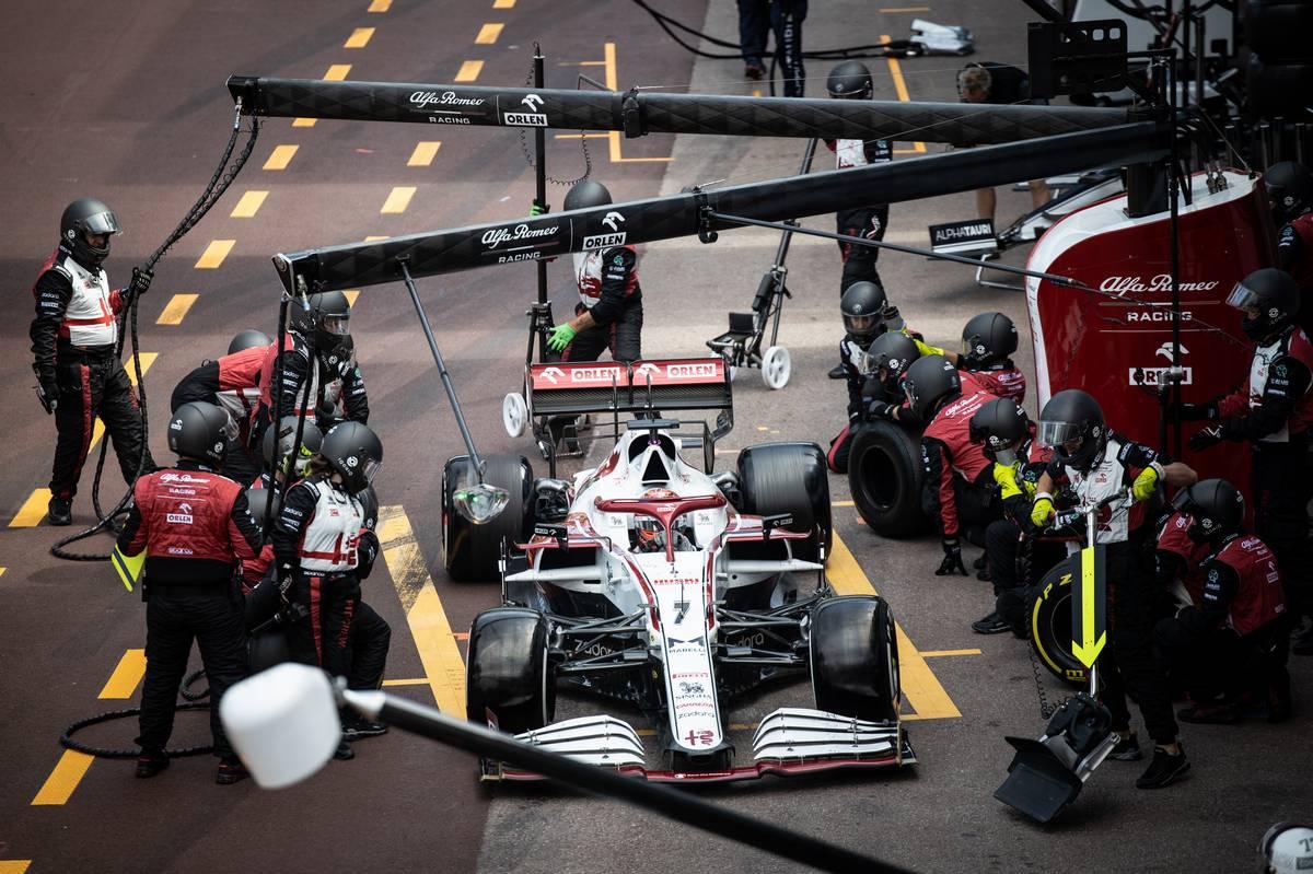 Kimi Raikkonen (FIN) Alfa Romeo Racing C41 makes a pit stop. 23.05.2021. Formula 1 World Championship, Rd 5, Monaco Grand Prix, Monte Carlo
