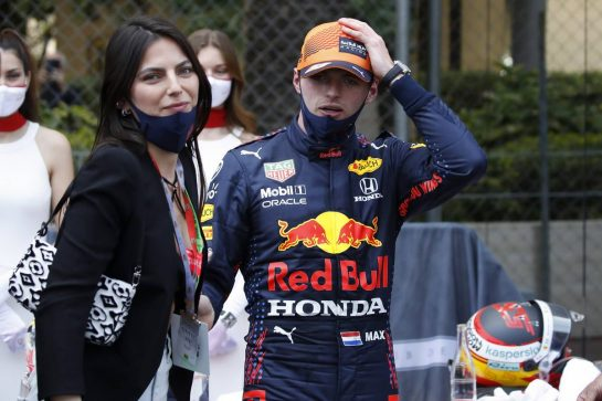 Race winner Max Verstappen (NLD) Red Bull Racing with Kelly Piquet (BRA) in parc ferme. 23.05.2021. Formula 1 World Championship, Rd 5, Monaco Grand Prix, Monte Carlo, Monaco, Race Day. - www.xpbimages.com, EMail: requests@xpbimages.com © Copyright: FIA Pool Image for Editorial Use Only