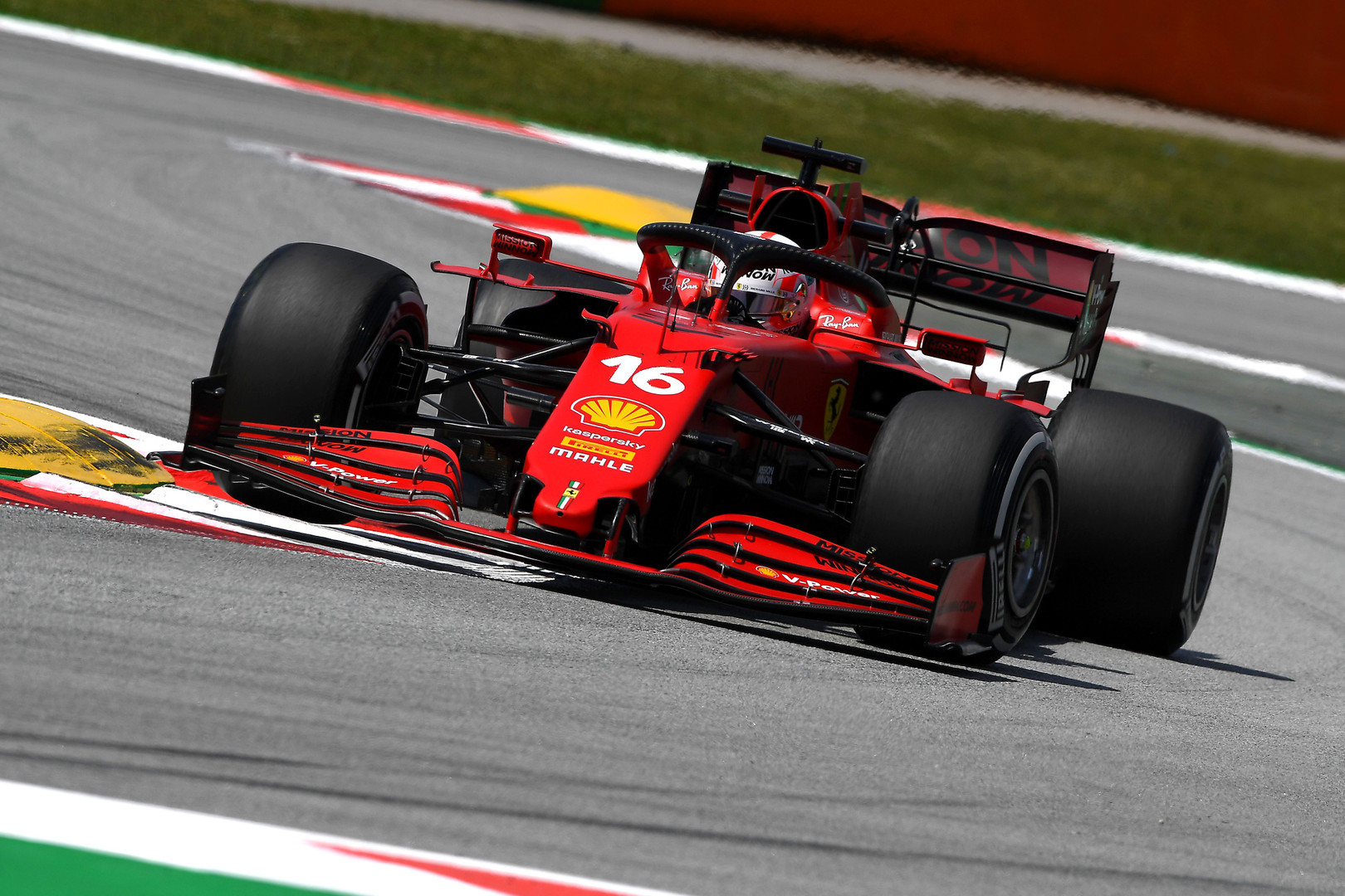 Ferrari says '90% to 95%' of resources now devoted to 2022 car