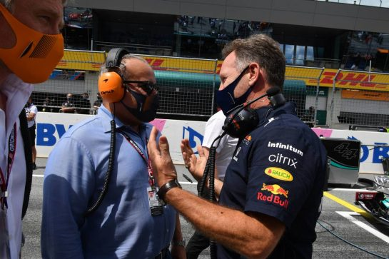 (L to R): Crown Prince Shaikh Salman bin Isa Hamad Al Khalifa (BRN) on the grid with Christian Horner (GBR) Red Bull Racing Team Principal. 27.06.2021. Formula 1 World Championship, Rd 8, Steiermark Grand Prix, Spielberg, Austria, Race Day. - www.xpbimages.com, EMail: requests@xpbimages.com © Copyright: FIA Pool Image for Editorial Use Only