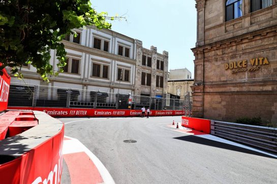 Circuit atmosphere - Scenic Baku. 03.06.2021. Formula 1 World Championship, Rd 6, Azerbaijan Grand Prix, Baku Street Circuit, Azerbaijan, Preparation Day. - www.xpbimages.com, EMail: requests@xpbimages.com © Copyright: Moy / XPB Images