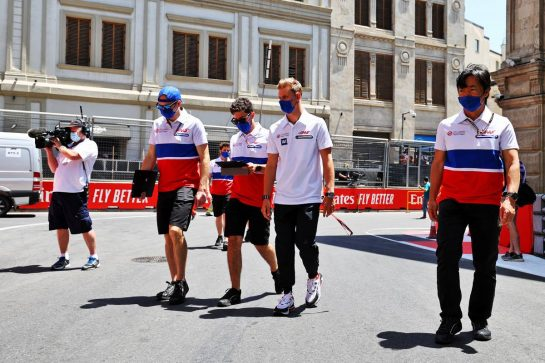 Mick Schumacher (GER) Haas F1 Team walks the circuit with the team. 03.06.2021. Formula 1 World Championship, Rd 6, Azerbaijan Grand Prix, Baku Street Circuit, Azerbaijan, Preparation Day. - www.xpbimages.com, EMail: requests@xpbimages.com © Copyright: Moy / XPB Images