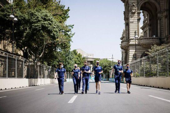 Nicholas Latifi (CDN) Williams Racing walks the circuit with the team. 03.06.2021. Formula 1 World Championship, Rd 6, Azerbaijan Grand Prix, Baku Street Circuit, Azerbaijan, Preparation Day. - www.xpbimages.com, EMail: requests@xpbimages.com © Copyright: Bearne / XPB Images