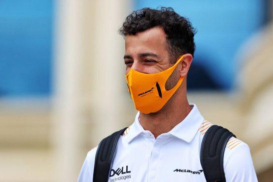 Daniel Ricciardo (AUS) McLaren. 04.06.2021. Formula 1 World Championship, Rd 6, Azerbaijan Grand Prix, Baku Street Circuit, Azerbaijan, Practice Day. - www.xpbimages.com, EMail: requests@xpbimages.com © Copyright: Batchelor / XPB Images