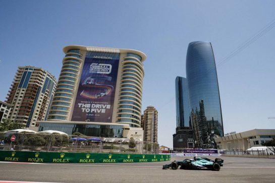 Sebastian Vettel (GER) Aston Martin F1 Team AMR21. 04.06.2021. Formula 1 World Championship, Rd 6, Azerbaijan Grand Prix, Baku Street Circuit, Azerbaijan, Practice Day. - www.xpbimages.com, EMail: requests@xpbimages.com © Copyright: Bearne / XPB Images