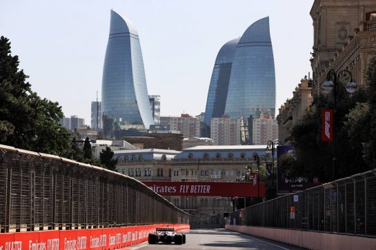 Nikita Mazepin (RUS) Haas F1 Team VF-21. 04.06.2021. Formula 1 World Championship, Rd 6, Azerbaijan Grand Prix, Baku Street Circuit, Azerbaijan, Practice Day. - www.xpbimages.com, EMail: requests@xpbimages.com © Copyright: Moy / XPB Images