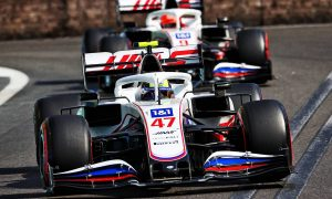 Haas drivers 'cleared the air' after last lap near clash