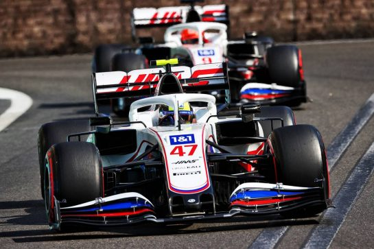 Mick Schumacher (GER) Haas VF-21. 06.06.2021. Formula 1 World Championship, Rd 6, Azerbaijan Grand Prix, Baku Street Circuit, Azerbaijan, Race Day. - www.xpbimages.com, EMail: requests@xpbimages.com © Copyright: Moy / XPB Images