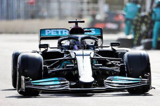 Lewis Hamilton (GBR) Mercedes AMG F1 W12 makes a pit stop. 06.06.2021. Formula 1 World Championship, Rd 6, Azerbaijan Grand Prix, Baku Street Circuit, Azerbaijan, Race Day. - www.xpbimages.com, EMail: requests@xpbimages.com © Copyright: Charniaux / XPB Images