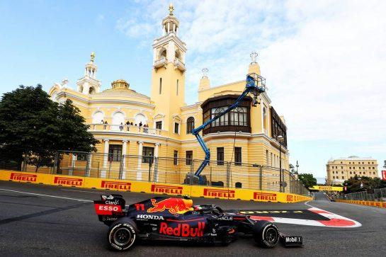 Sergio Perez (MEX) Red Bull Racing RB16B. 06.06.2021. Formula 1 World Championship, Rd 6, Azerbaijan Grand Prix, Baku Street Circuit, Azerbaijan, Race Day. - www.xpbimages.com, EMail: requests@xpbimages.com © Copyright: Moy / XPB Images