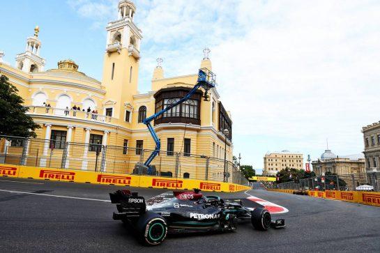 Lewis Hamilton (GBR) Mercedes AMG F1 W12. 06.06.2021. Formula 1 World Championship, Rd 6, Azerbaijan Grand Prix, Baku Street Circuit, Azerbaijan, Race Day. - www.xpbimages.com, EMail: requests@xpbimages.com © Copyright: Moy / XPB Images