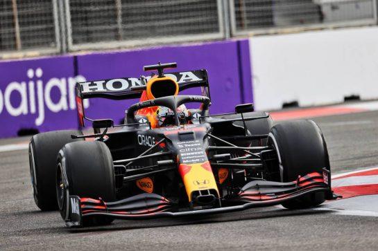 Max Verstappen (NLD) Red Bull Racing RB16B. 06.06.2021. Formula 1 World Championship, Rd 6, Azerbaijan Grand Prix, Baku Street Circuit, Azerbaijan, Race Day. - www.xpbimages.com, EMail: requests@xpbimages.com © Copyright: Batchelor / XPB Images