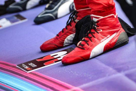 Charles Leclerc (MON) Ferrari - racing boots - on the grid. 06.06.2021. Formula 1 World Championship, Rd 6, Azerbaijan Grand Prix, Baku Street Circuit, Azerbaijan, Race Day. - www.xpbimages.com, EMail: requests@xpbimages.com © Copyright: Charniaux / XPB Images