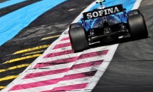 FIA leaves sausage kerbs in place at Paul Ricard