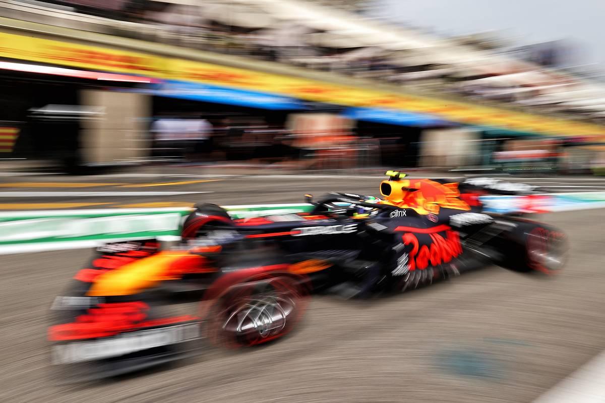Sergio Perez (MEX) Red Bull Racing RB16B leaves the pits. 19.06.2021. Formula 1 World Championship, Rd 7, French Grand Prix, Paul Ricard