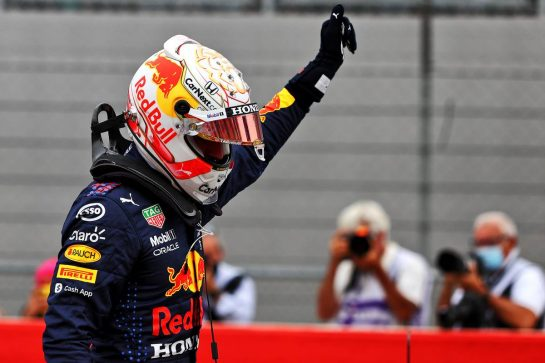 Max Verstappen (NLD) Red Bull Racing celebrates his pole position in qualifying parc ferme. 19.06.2021. Formula 1 World Championship, Rd 7, French Grand Prix, Paul Ricard, France, Qualifying Day. - www.xpbimages.com, EMail: requests@xpbimages.com © Copyright: Moy / XPB Images