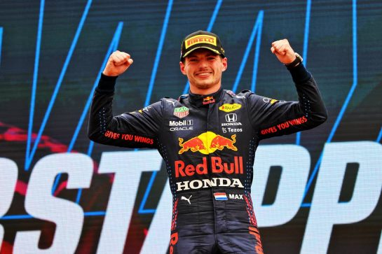 Race winner Max Verstappen (NLD) Red Bull Racing celebrates on the podium. 20.06.2021. Formula 1 World Championship, Rd 7, French Grand Prix, Paul Ricard, France, Race Day. - www.xpbimages.com, EMail: requests@xpbimages.com © Copyright: Moy / XPB Images