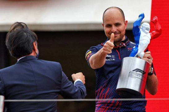 Gianpiero Lambiase (ITA) Red Bull Racing Engineer celebrates on the podium. 20.06.2021. Formula 1 World Championship, Rd 7, French Grand Prix, Paul Ricard, France, Race Day. - www.xpbimages.com, EMail: requests@xpbimages.com © Copyright: Moy / XPB Images