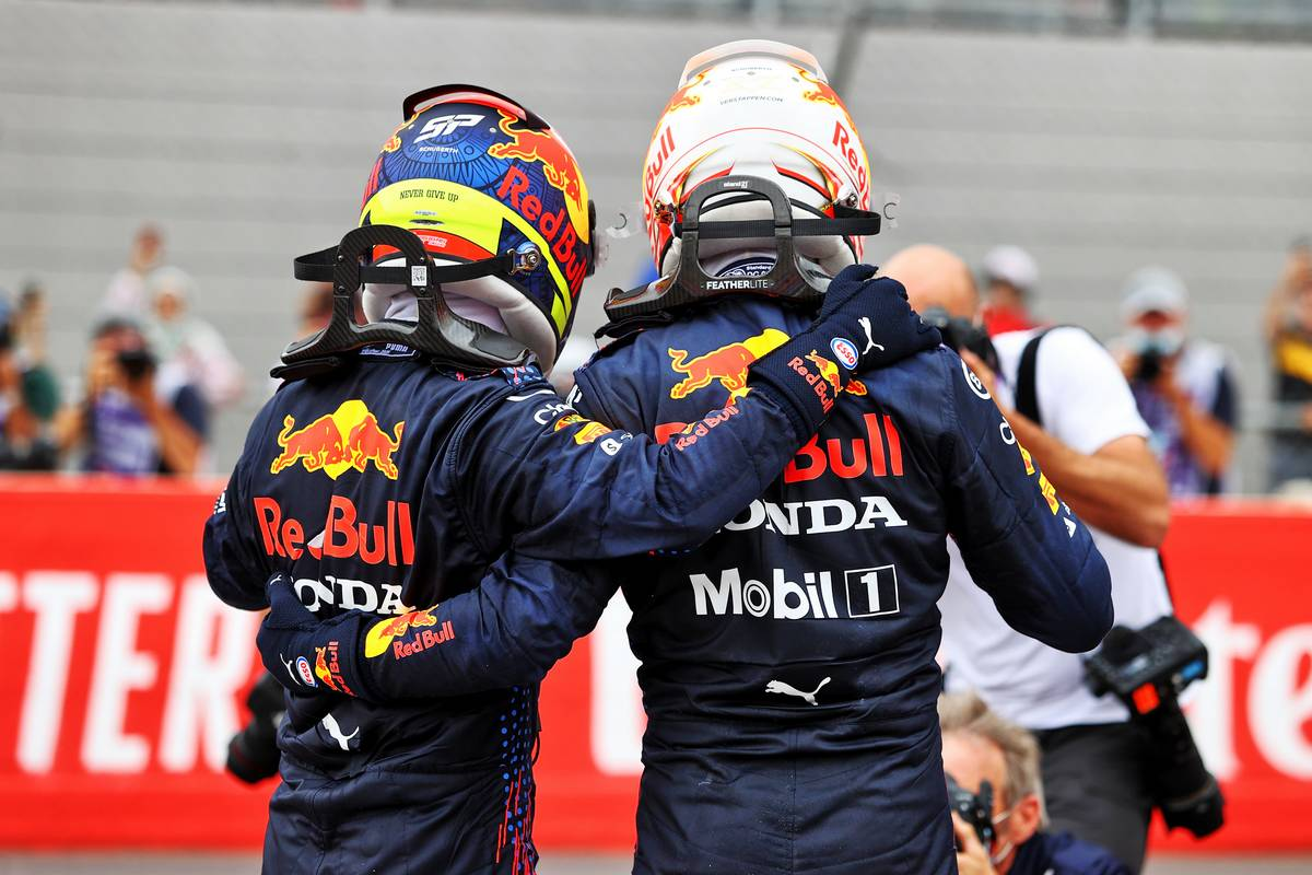 Race winner Max Verstappen (NLD) Red Bull Racing (Right)celebrates in parc ferme with third placed team mate Sergio Perez (MEX) Red Bull Racing. 20.06.2021. Formula 1 World Championship, Rd 7, French Grand Prix, Paul Ricard