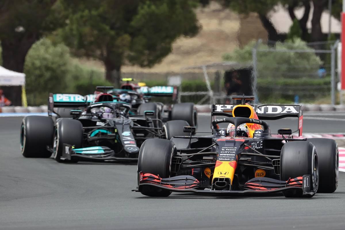 Mercedes just can't grasp Verstappen undercut error